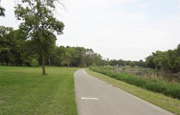 This image shows the trail at Burdick Park.